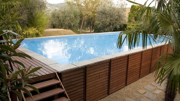 Piscine fuori terra per il tuo giardino scopri i vantaggi e le tipologie exarea - Piscina fuori terra in giardino ...